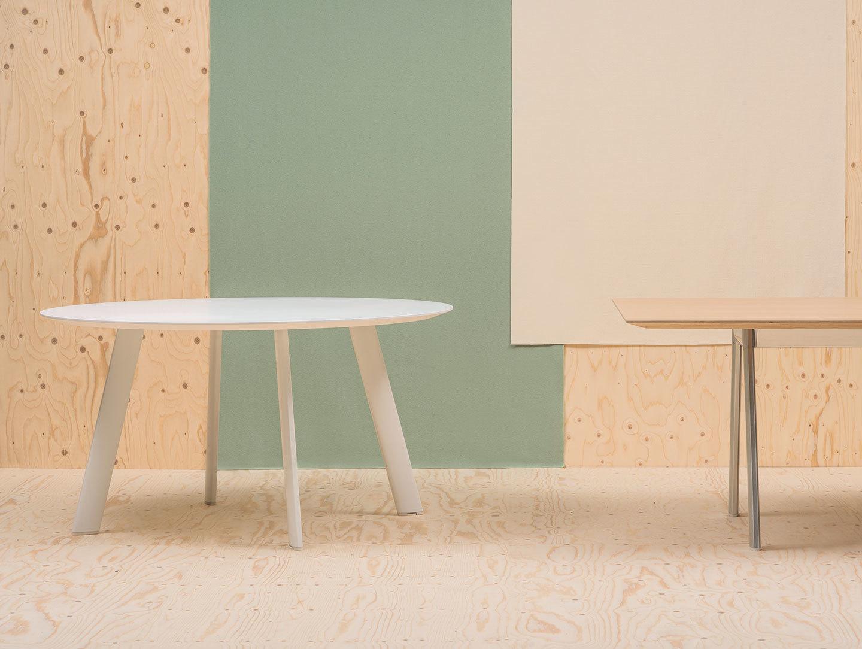 Andreu World Radial Table Round White