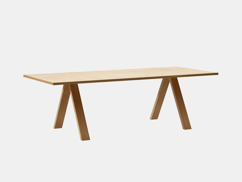 Arper Cross Table Oak Metrica