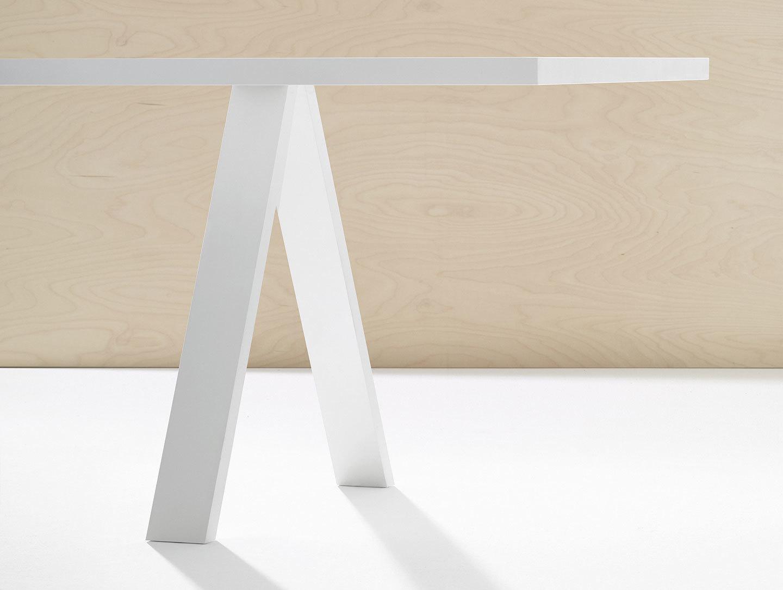 Arper Cross Table White Detail Metrica
