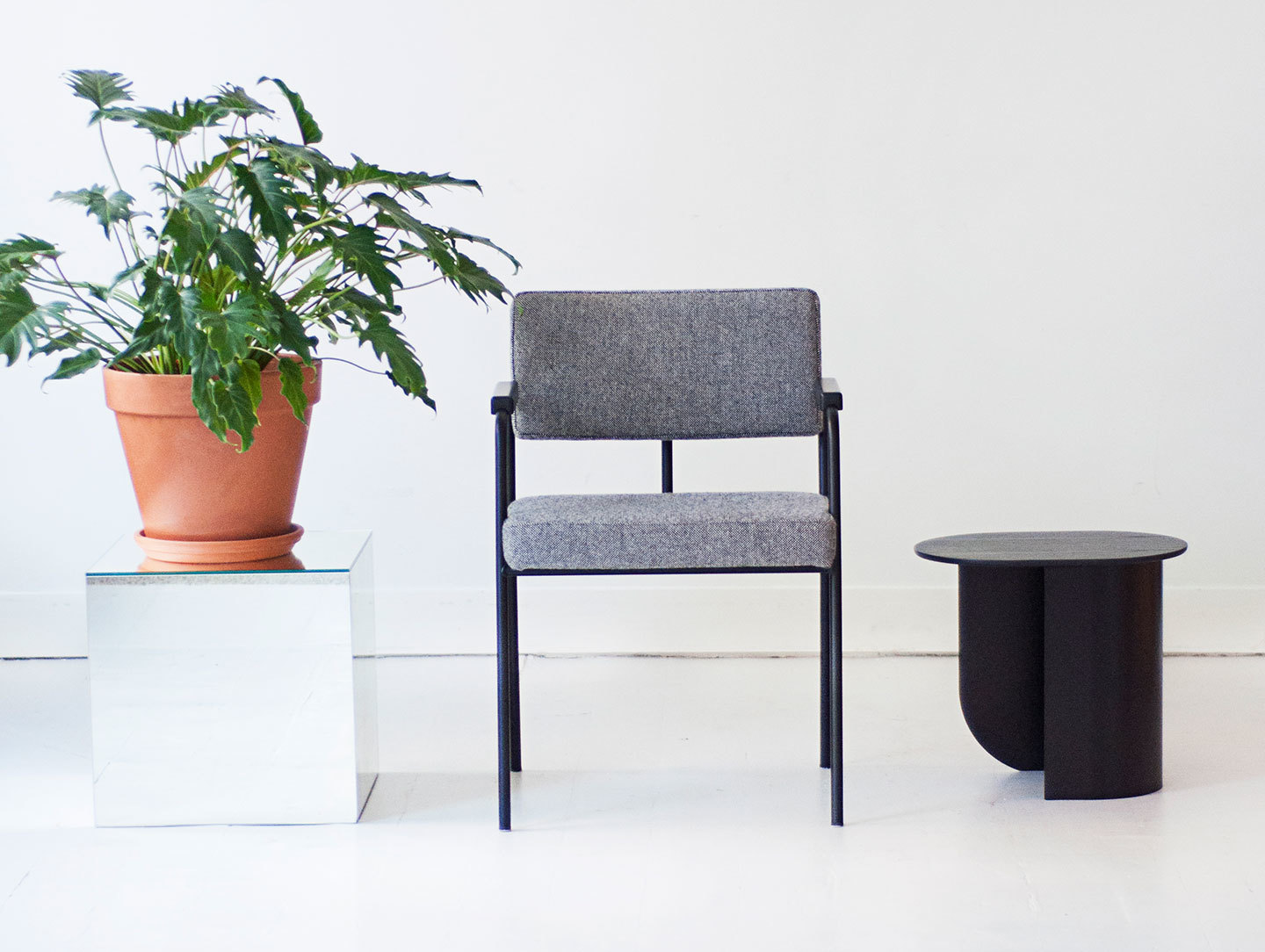 Fest Monday Dining Chair With Arms