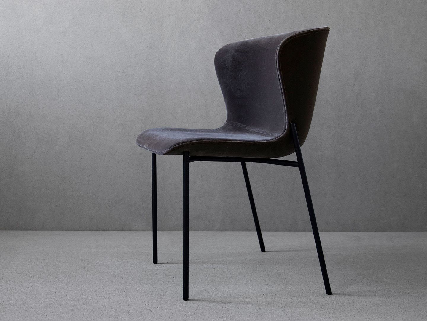 Friends Founders La Pipe Chair Velvet Ida Linea Hildebrand