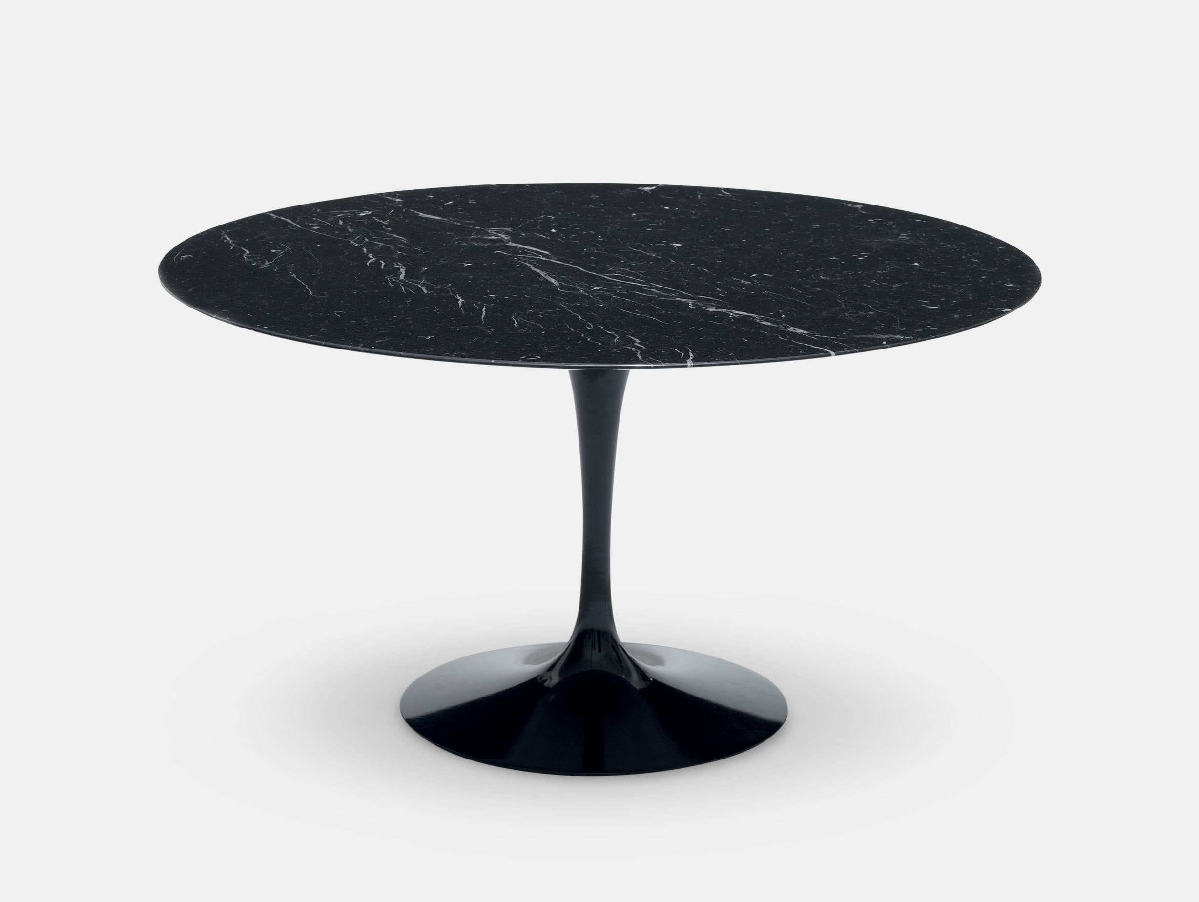 Saarinen Round Dining Table image 2