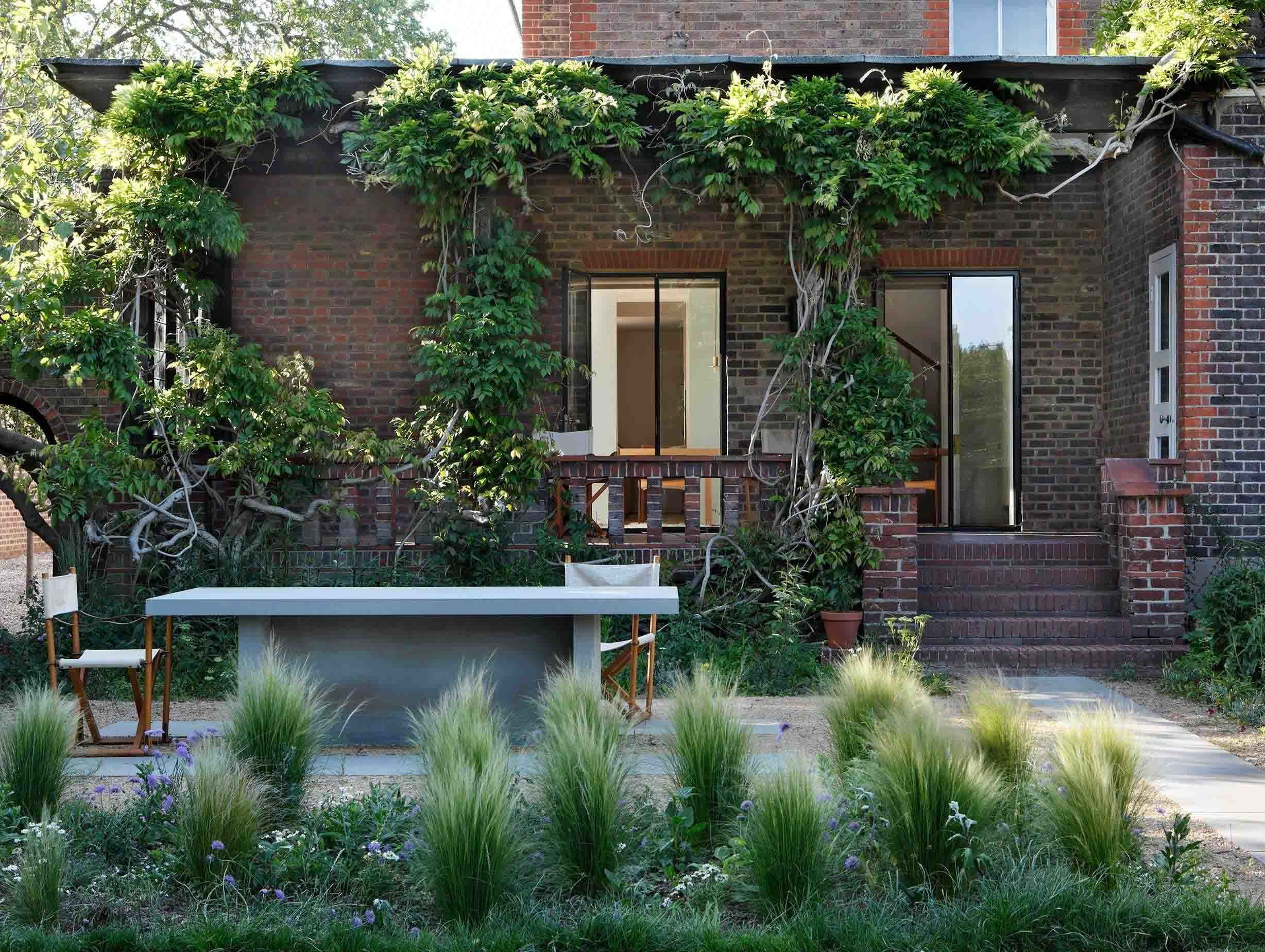 William Smalley London Woodland House 7