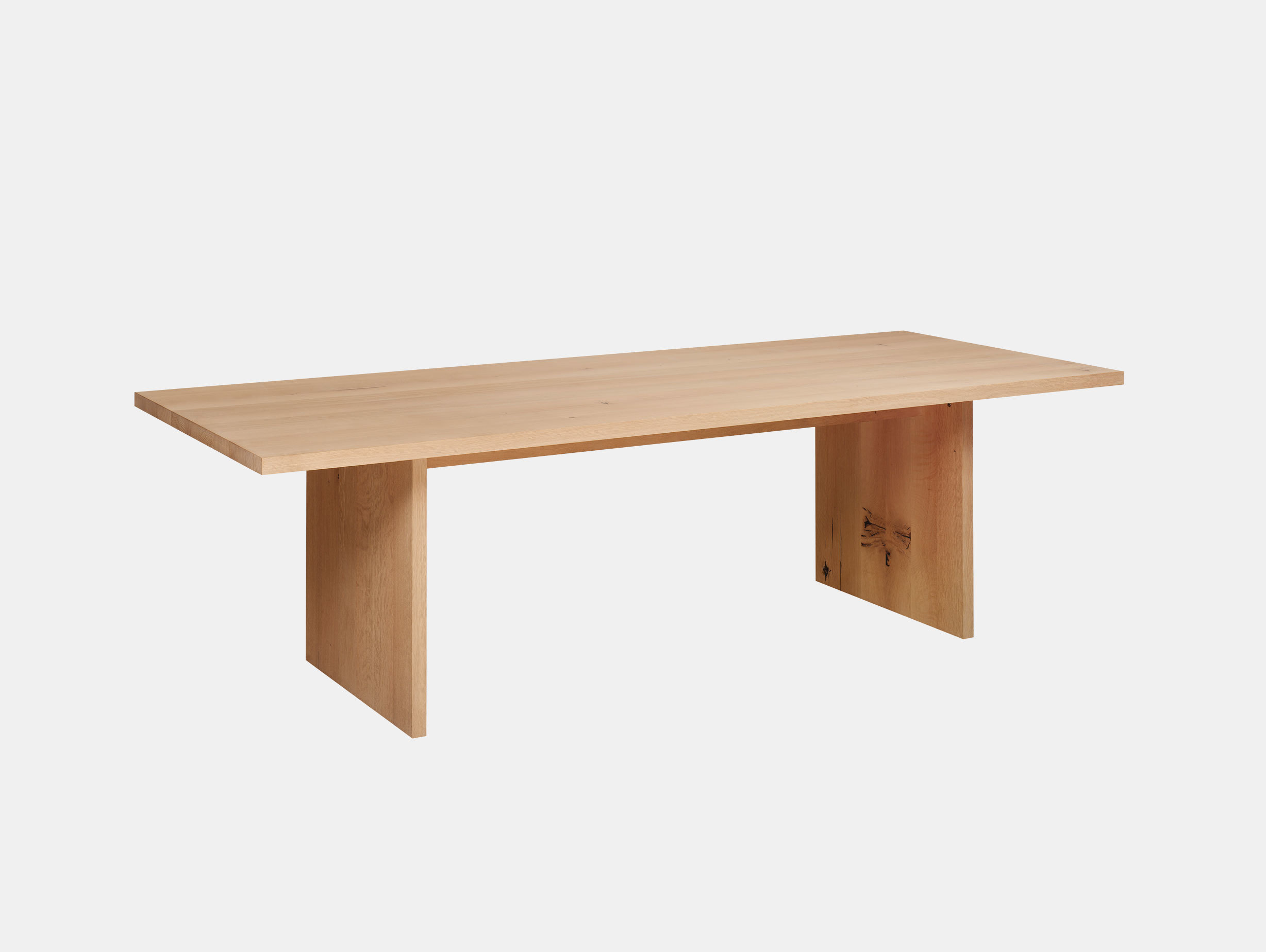 E15 Ashida Table Oak Philipp Mainzer