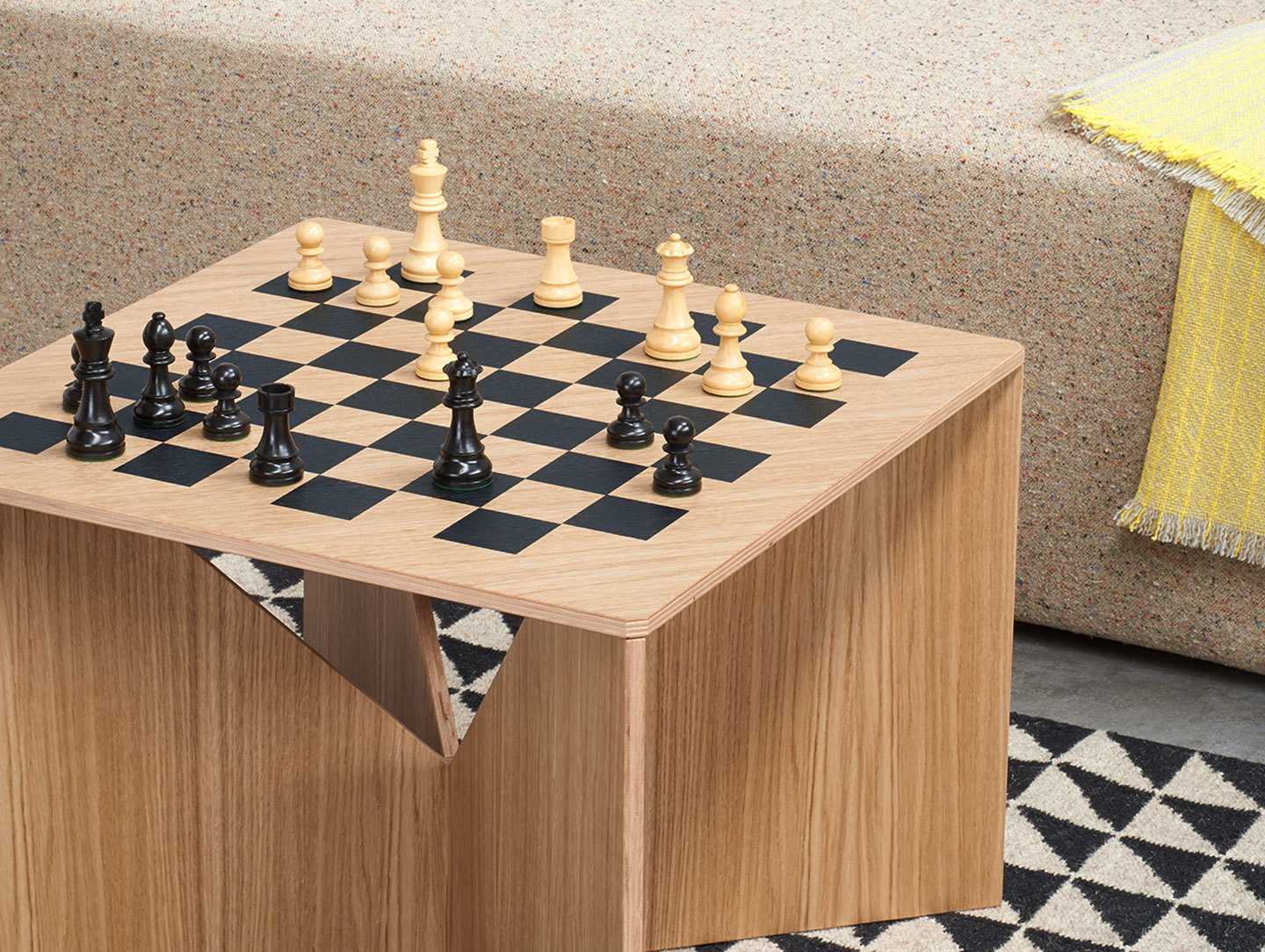 E15 Calvert Chess Coffee Table Oak Detail Philipp Mainzer