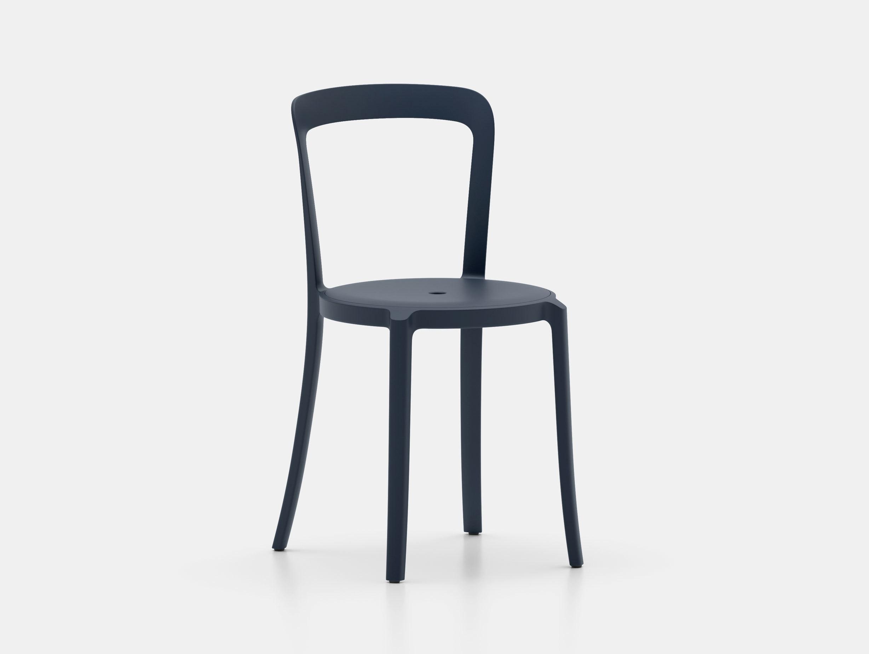 Emeco On and On Chair dark blue Edward Barber Jay Osgerby
