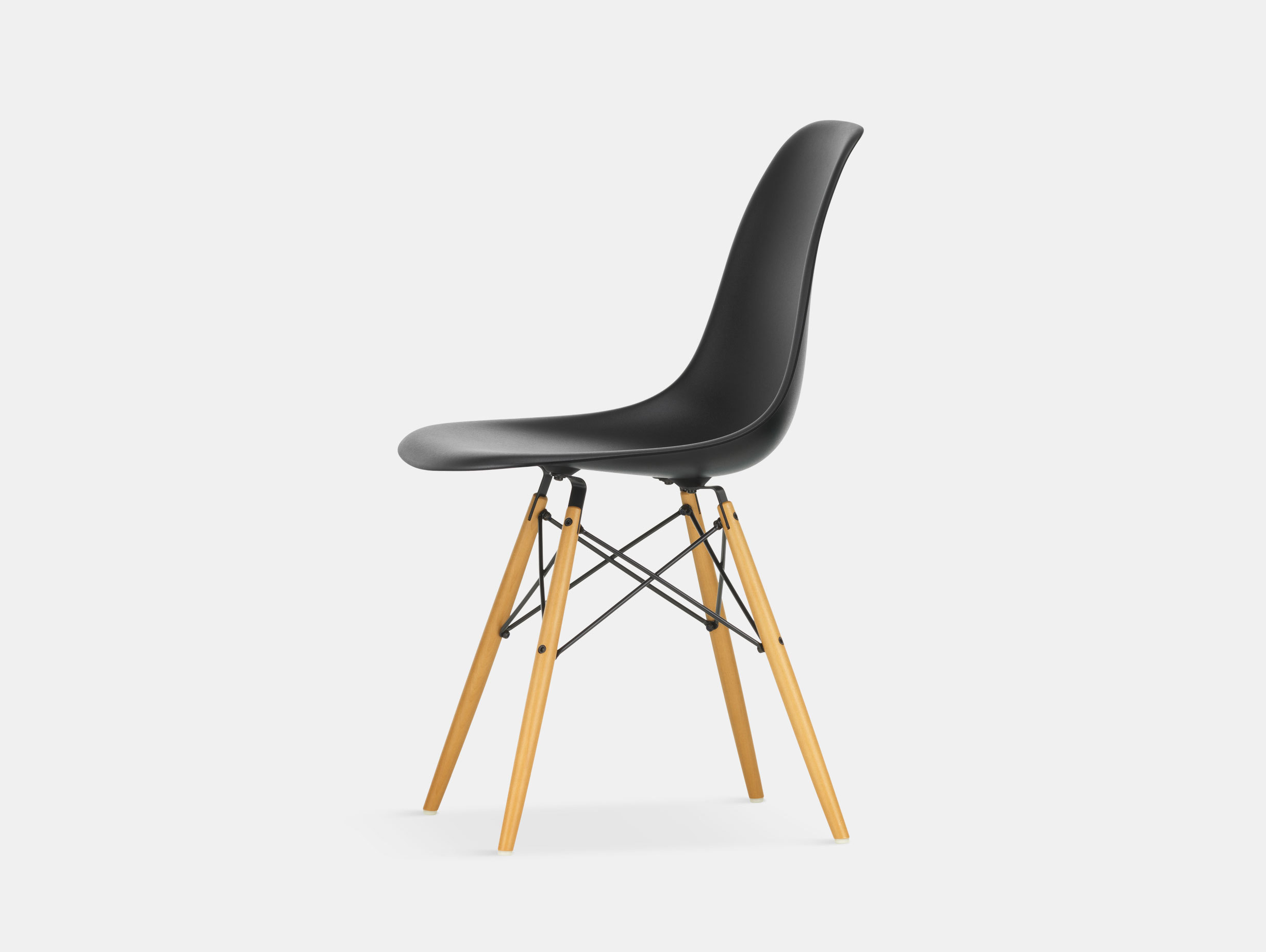 Vitra Eames DSW Plastic Side Chair deep black golden maple legs