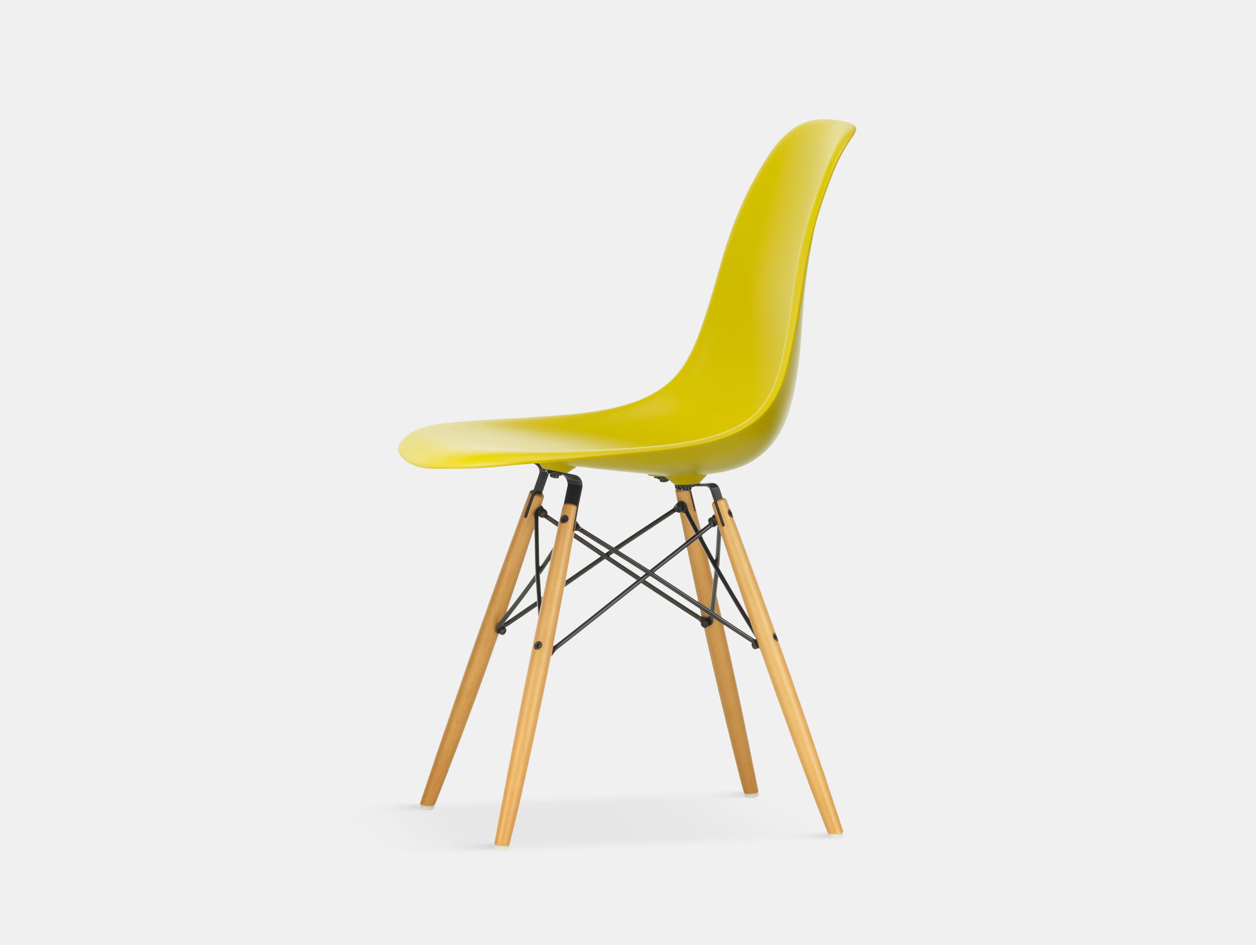 Vitra Eames DSW Plastic Side Chair mustard golden maple legs