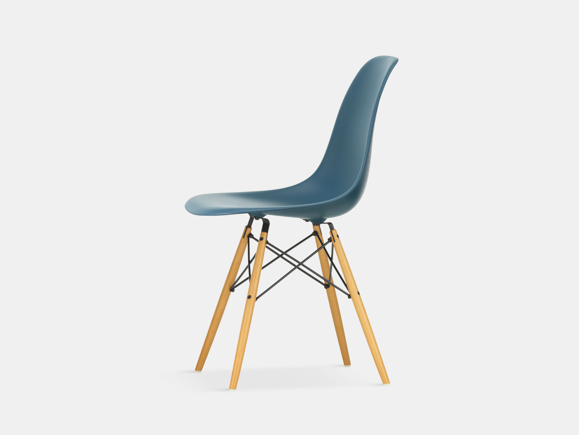 Vitra Eames DSW Plastic Side Chair sea blue golden maple legs