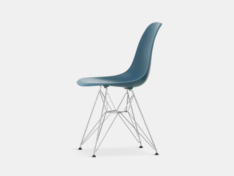 Vitra Eames Plastic Side Chair DSR sea blue chrome legs