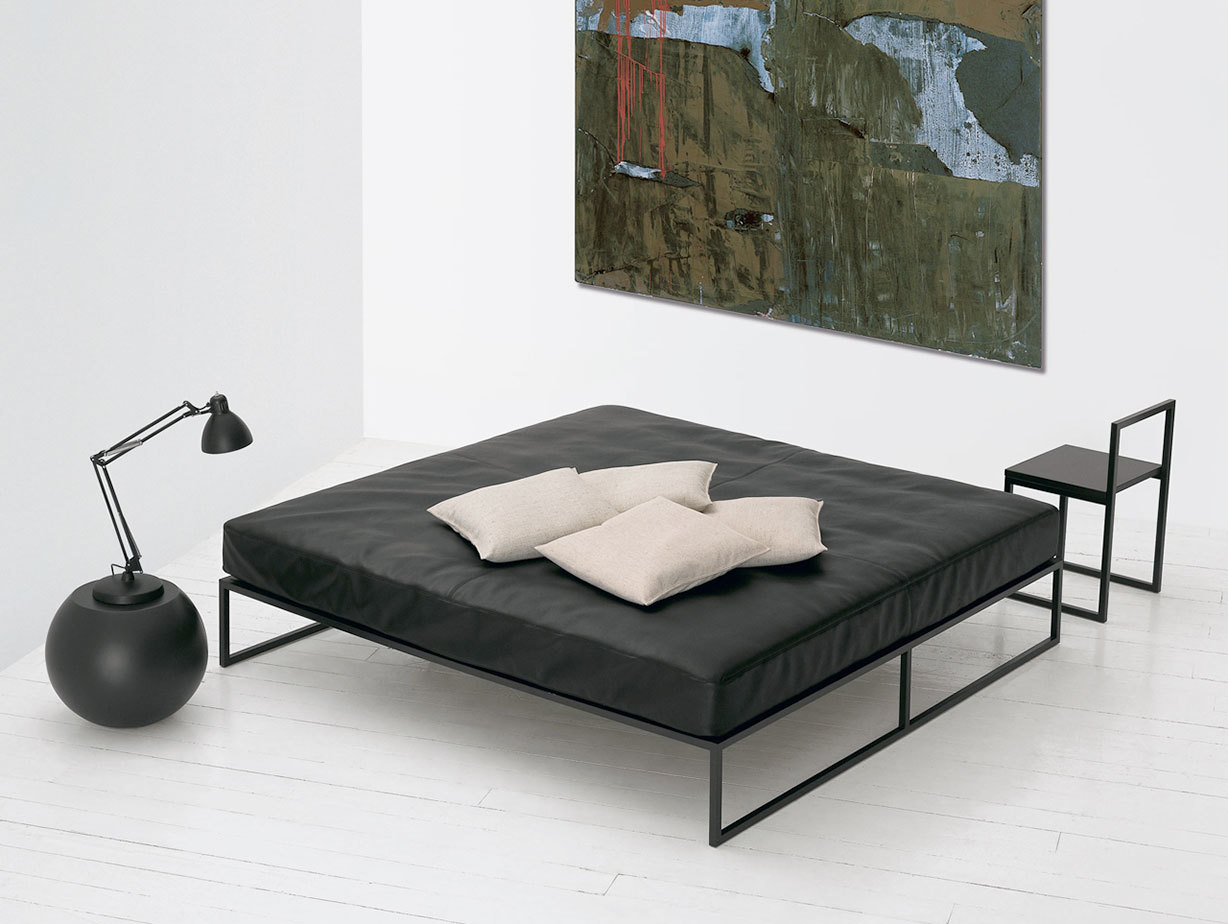 Cappellini Fronzoni 64 Bed Anthracite 2 A G  Fronzoni