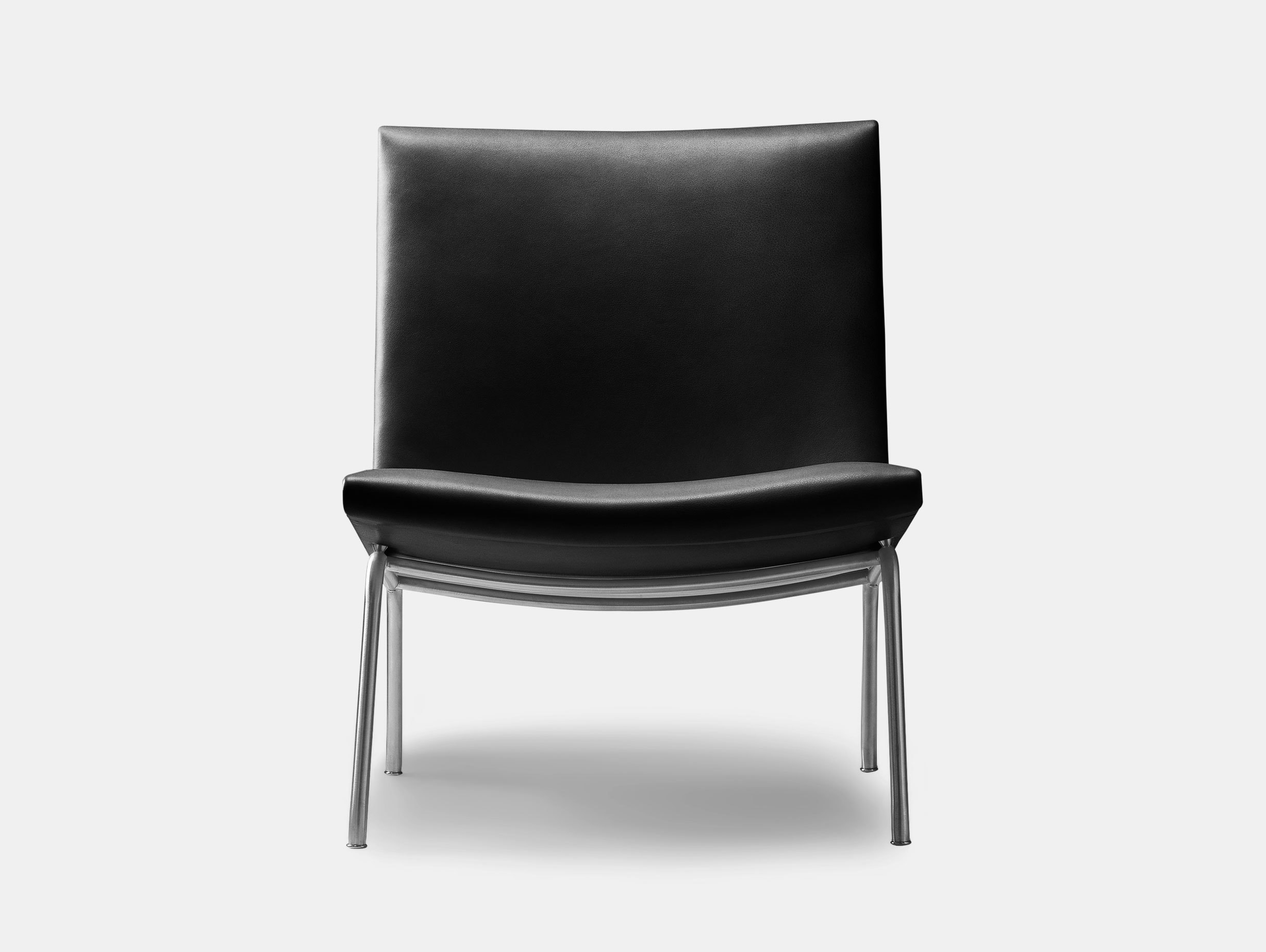CH401 Lounge Chair image 1