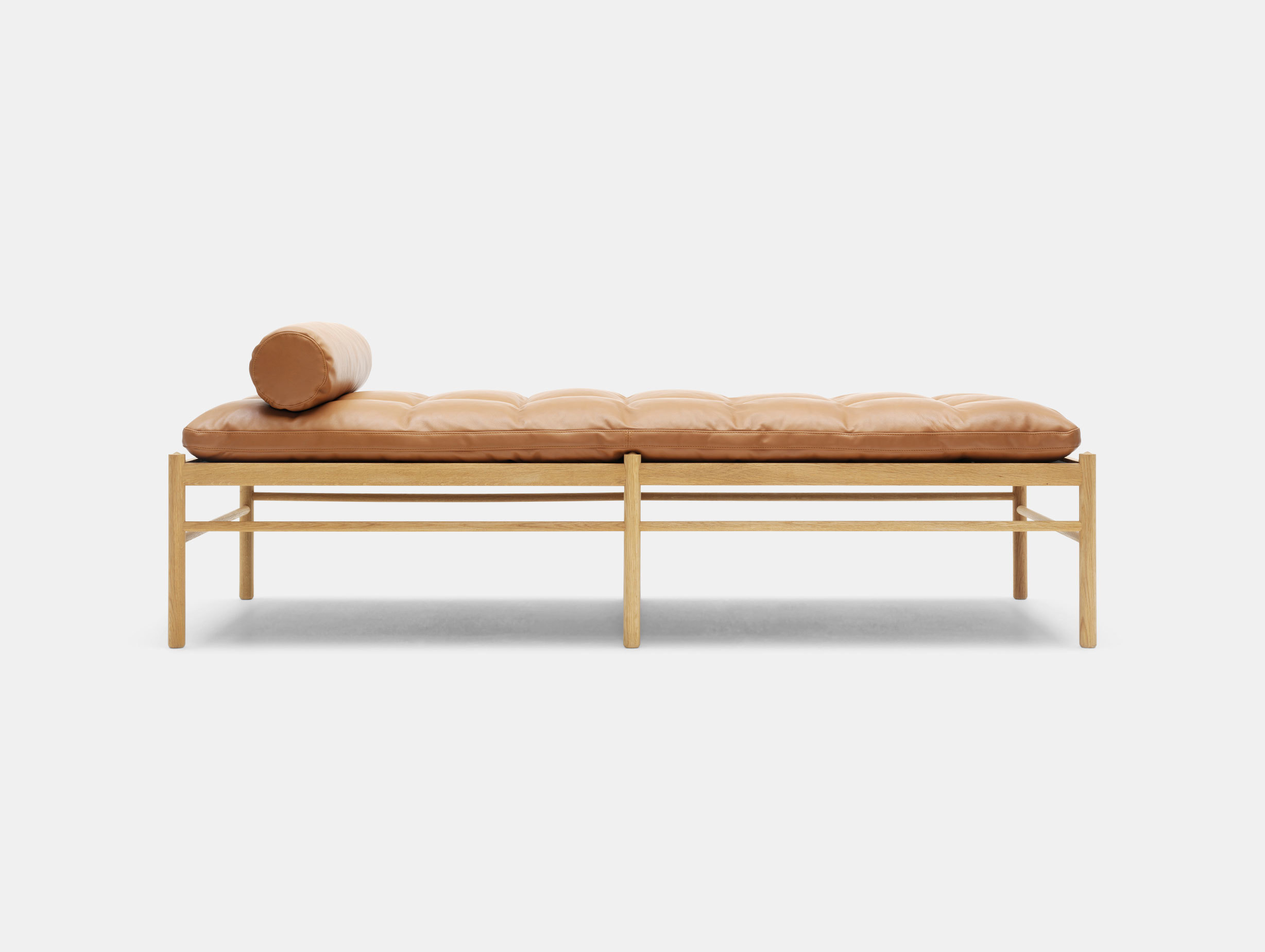 OW150 Daybed image 1