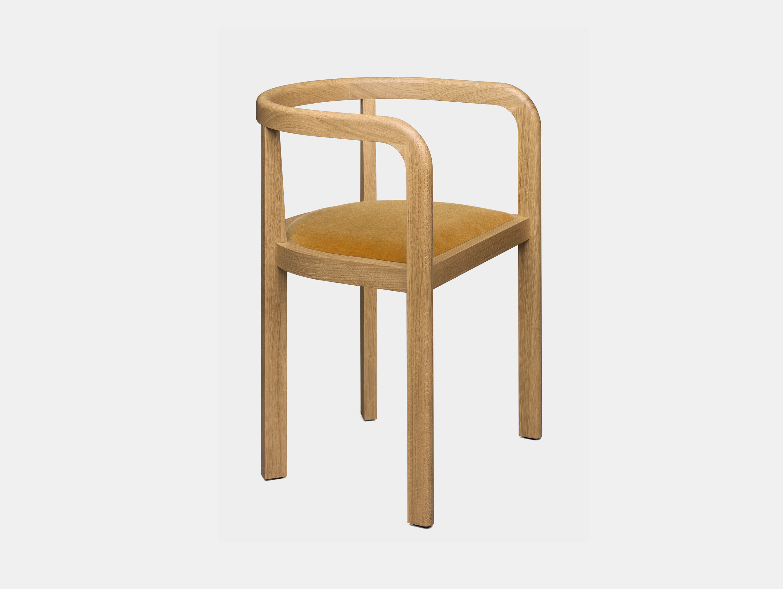 E15 Stuttgart Chair Oak Ochre 0471 Richard Herre