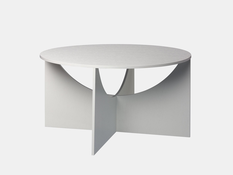 E15 Charlotte Coffee Table White 2 Ferdinand Kramer