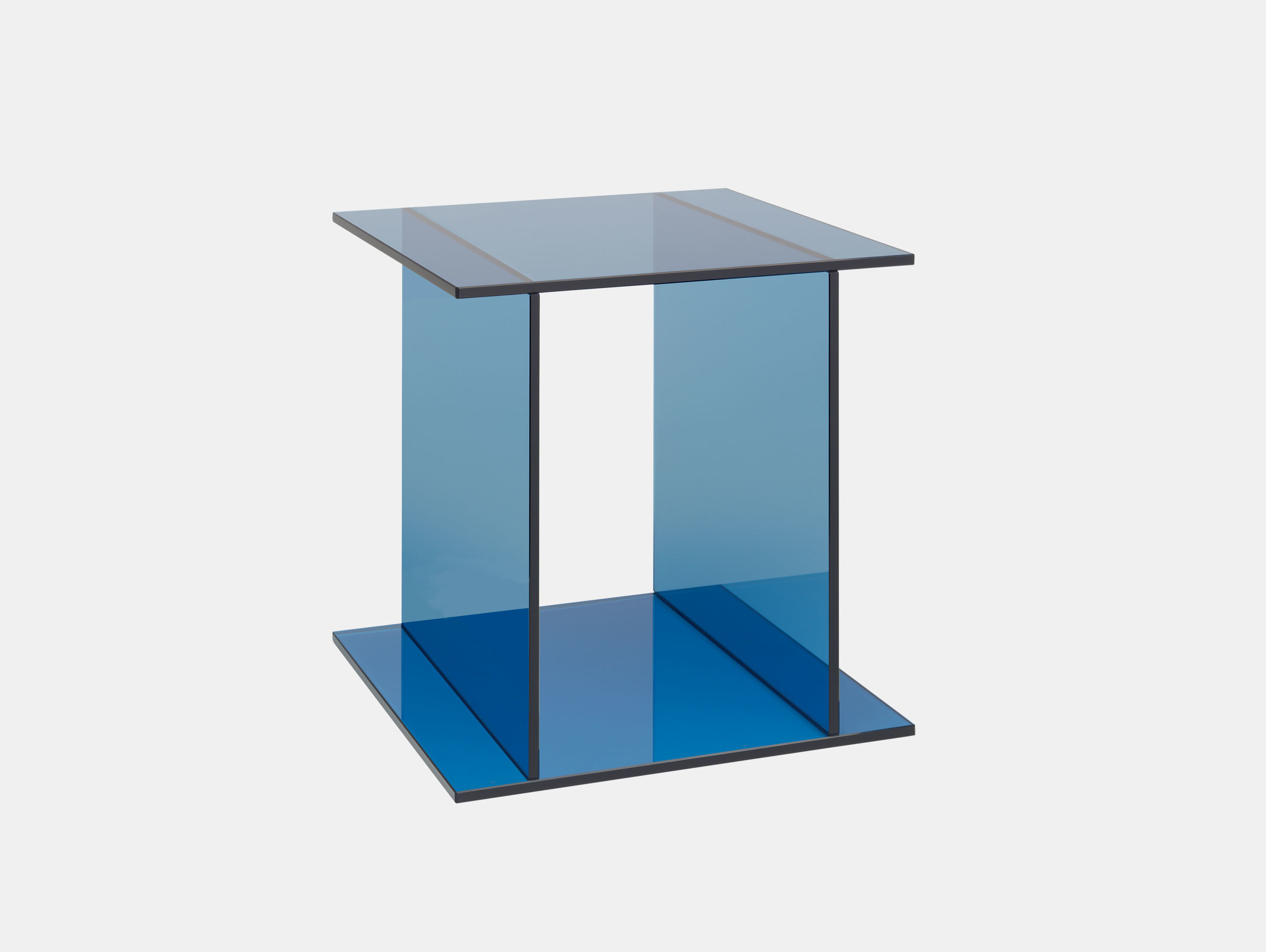Drei Side Table image 1