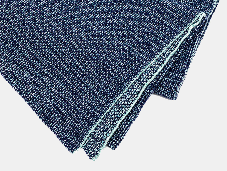 E15 Rete Blanket Inchiostro Detail Dagmar Heinrich