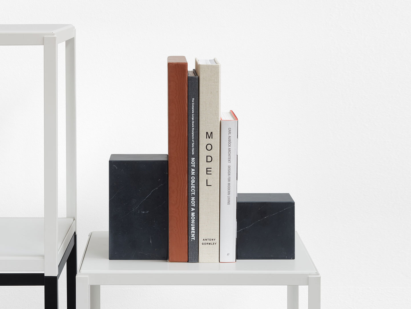E15 Stop Bookends Black Marble Philipp Mainzer