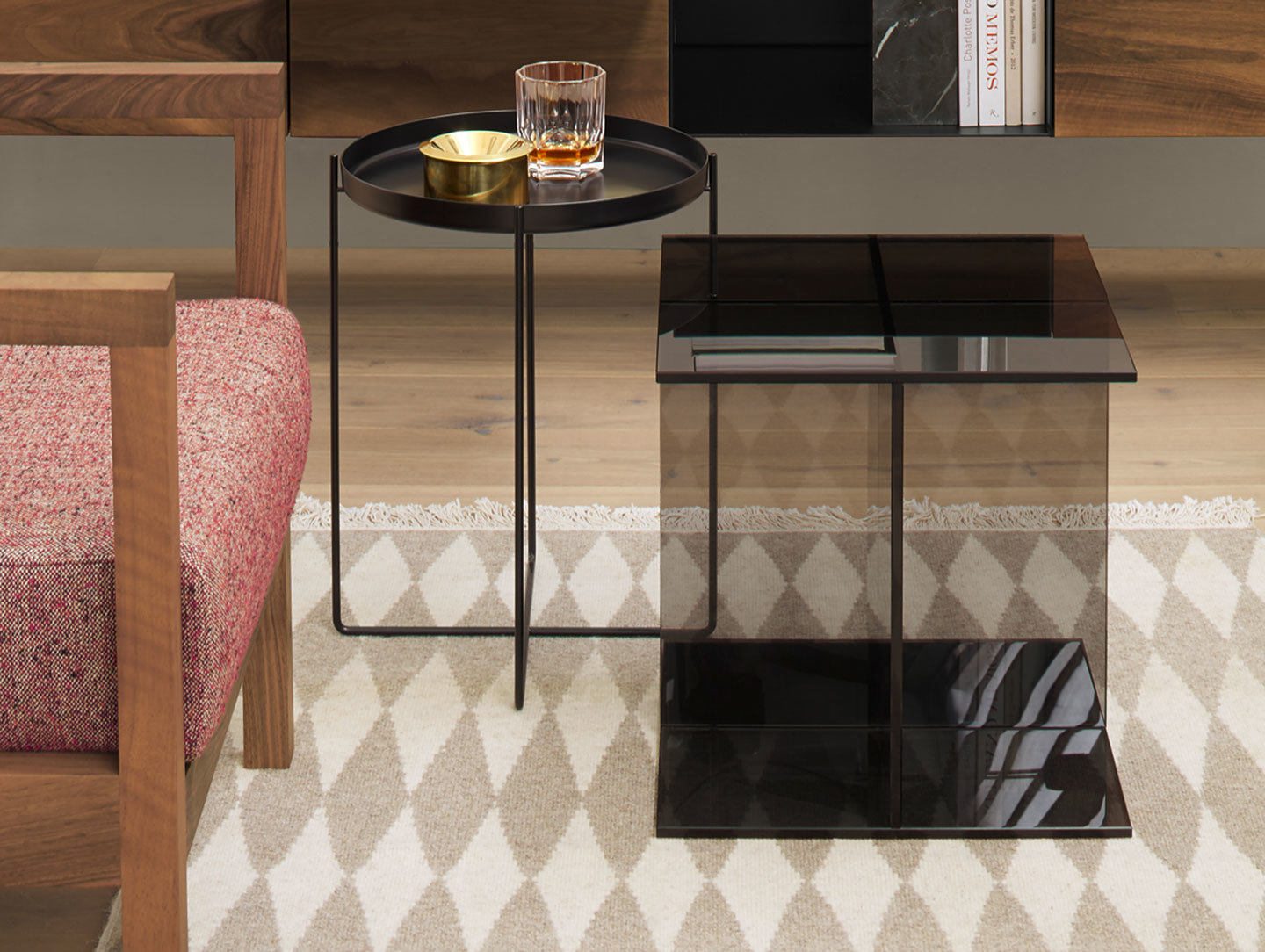 E15 Vier Side Table 2