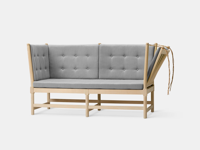 Spoke-Back Sofa image 8
