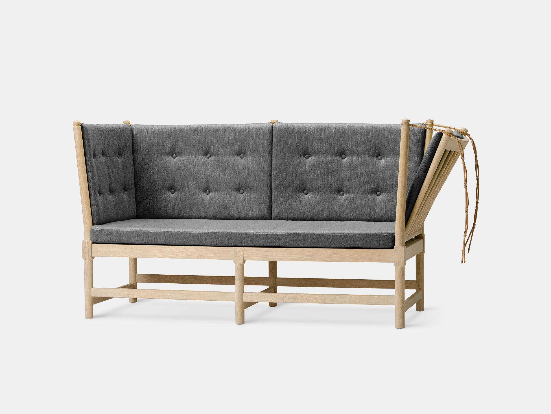 Spoke-Back Sofa image 7