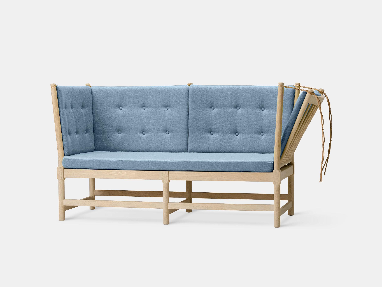 Spoke-Back Sofa image 1