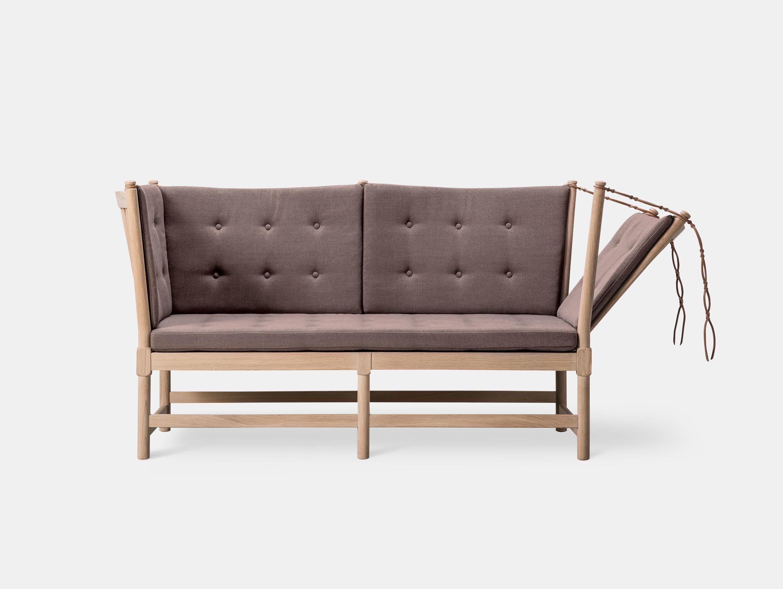 Spoke-Back Sofa image 4