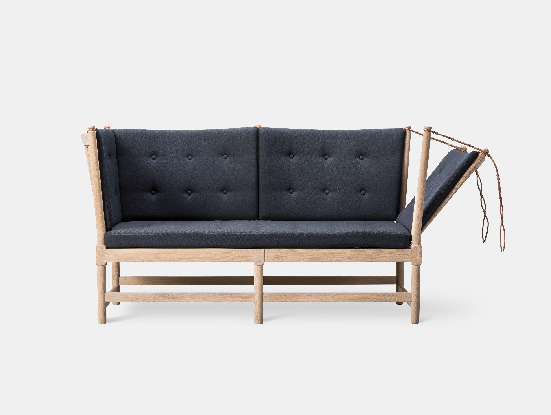 Spoke-Back Sofa image 3