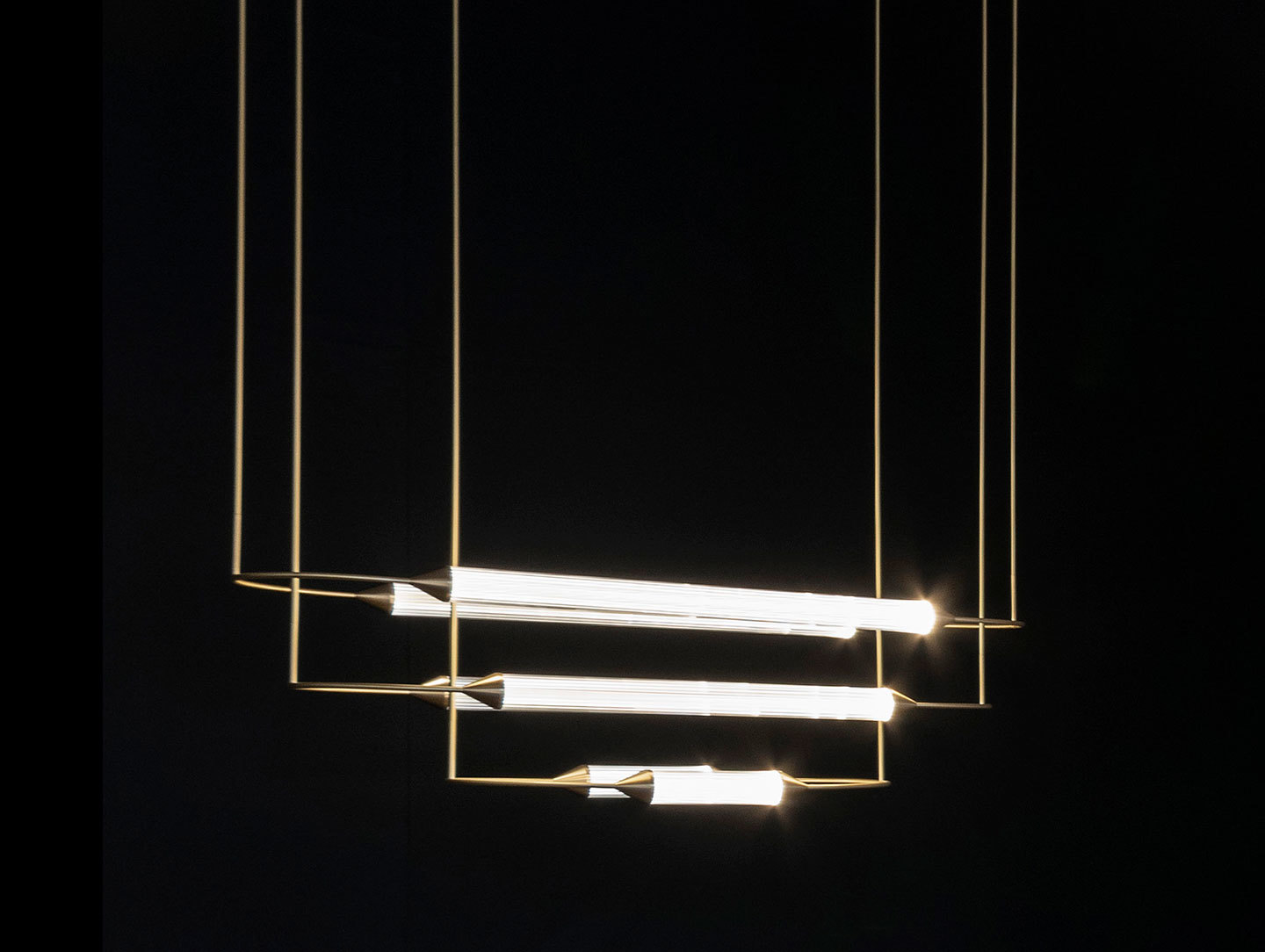 Giopato And Coombes Cirque Pendant Light 1
