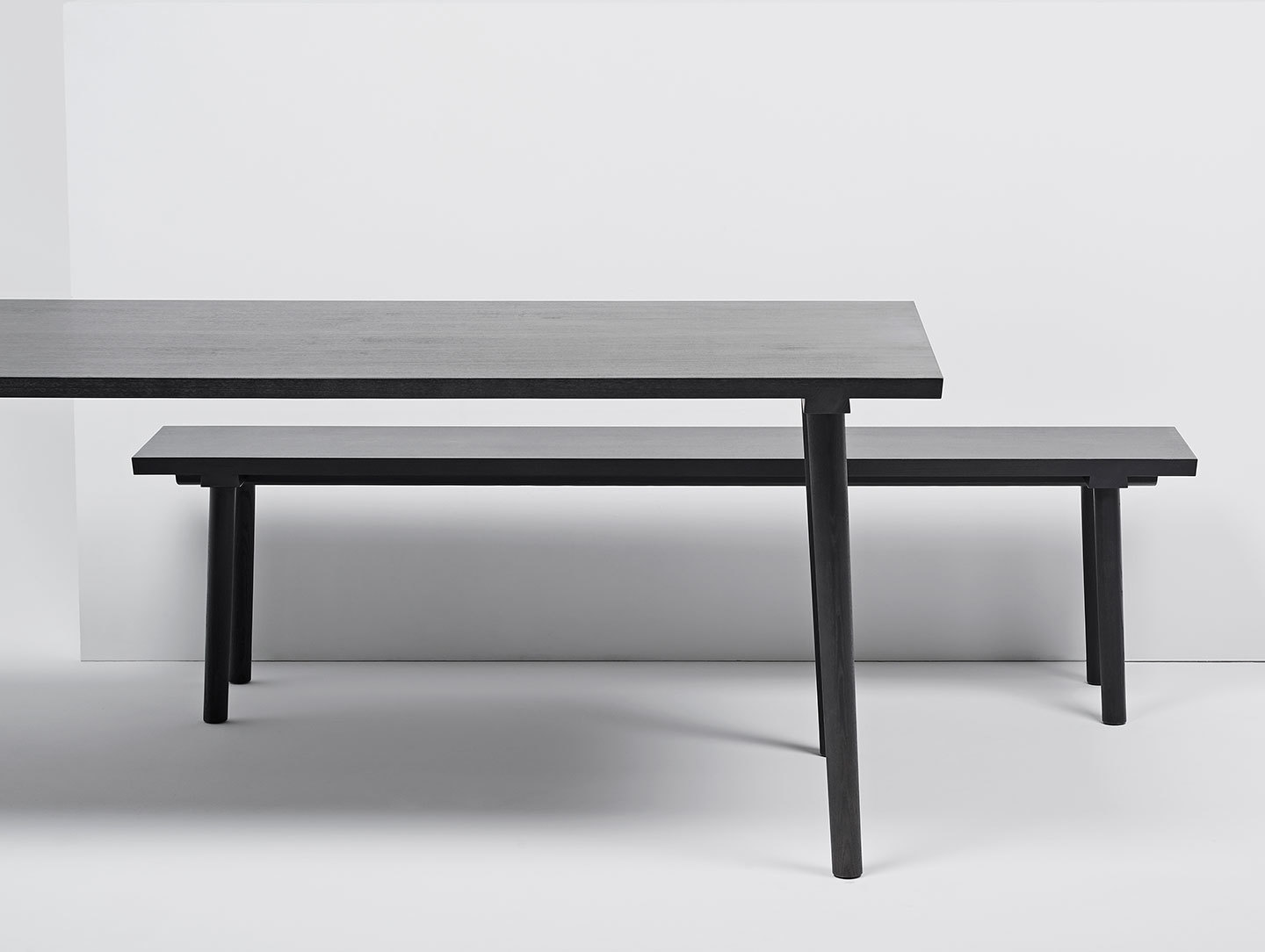 Mattiazzi Facile Table Black Detail Lambl Homburger Meyer