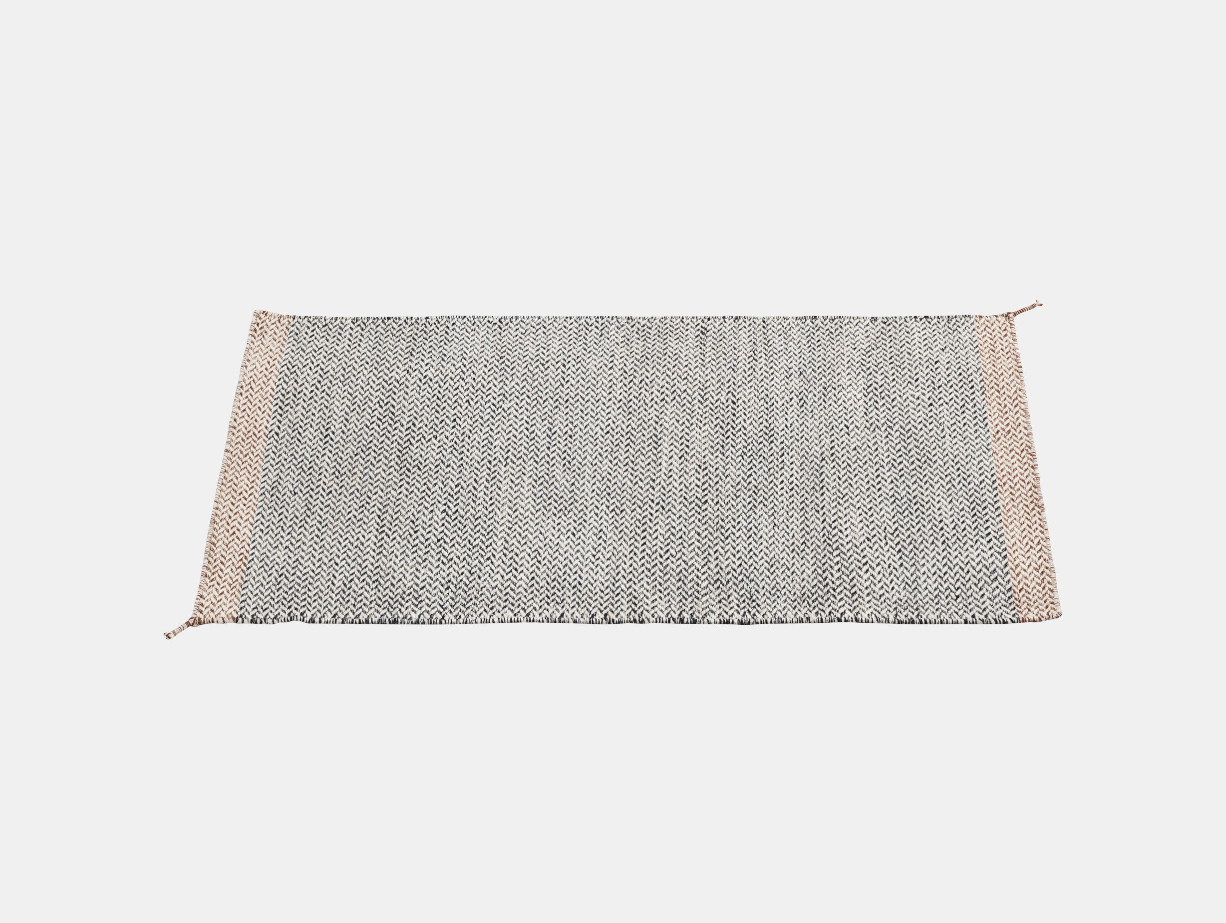 Ply Rug Black White 85X140 Med Res