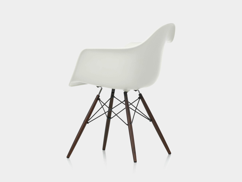 Eames DAW Plastic Armchair image 3