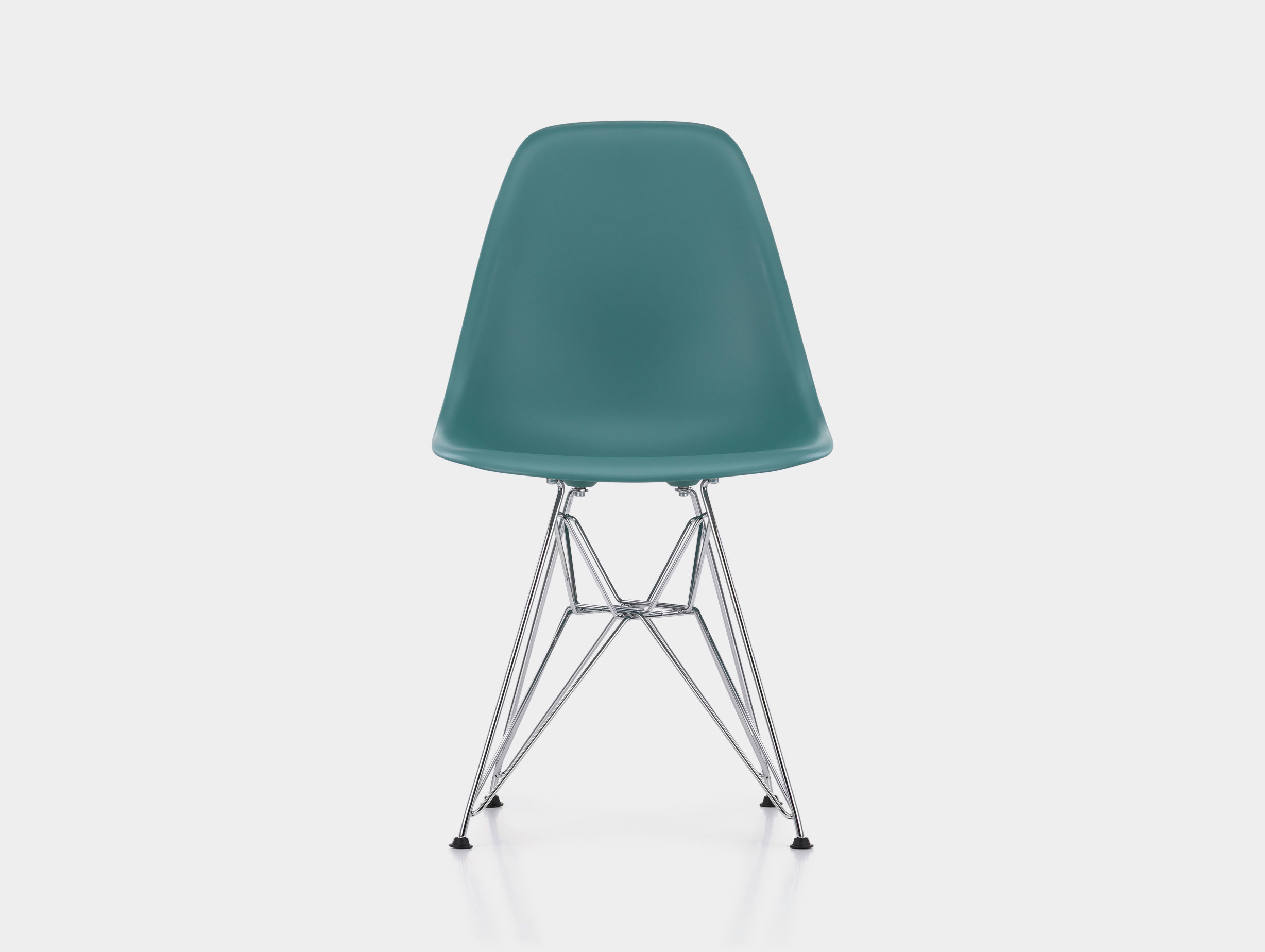 Eames DSR Plastic Side Chair image 2