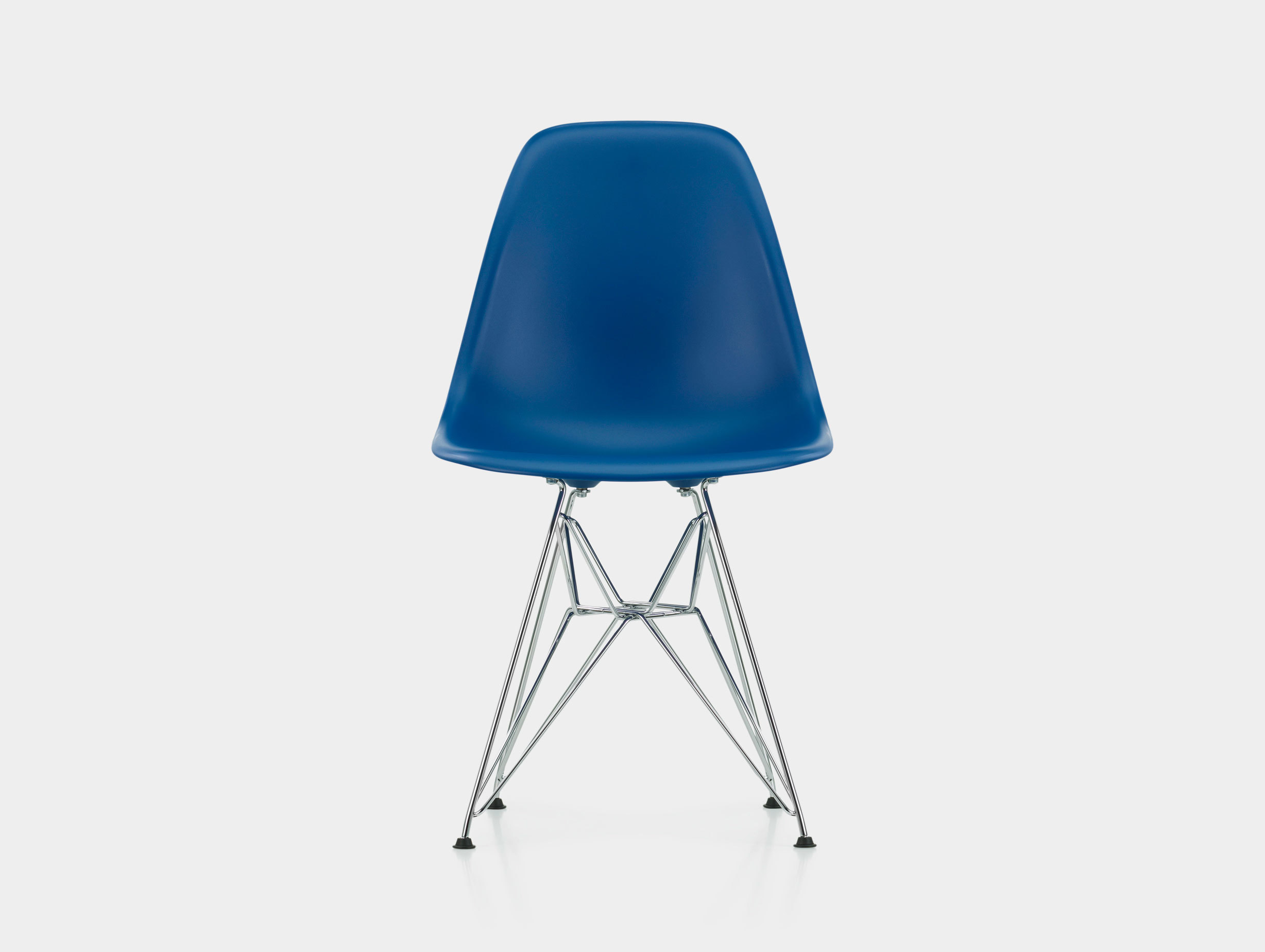 Eames DSR Plastic Side Chair image 5