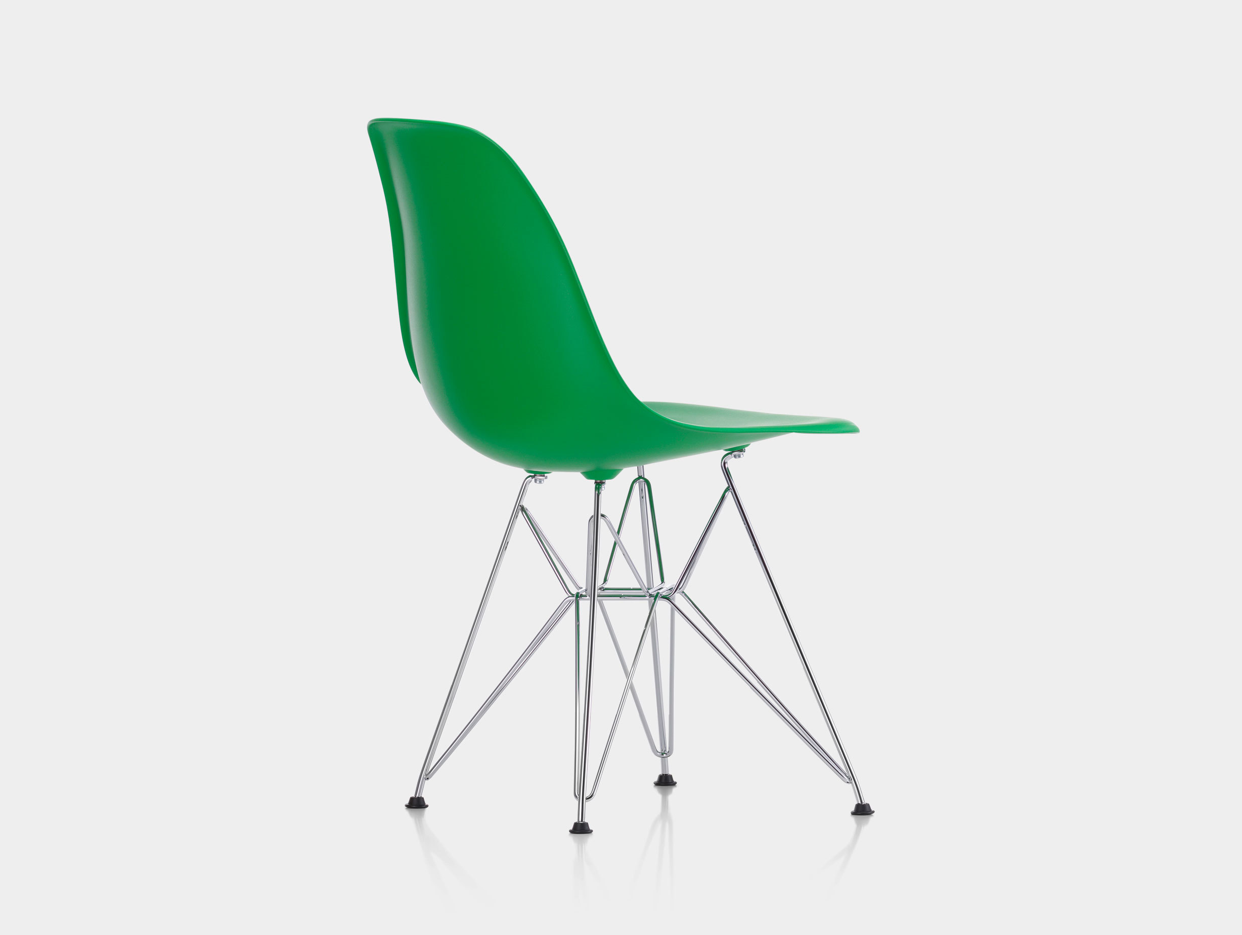 Eames DSR Plastic Side Chair image 7