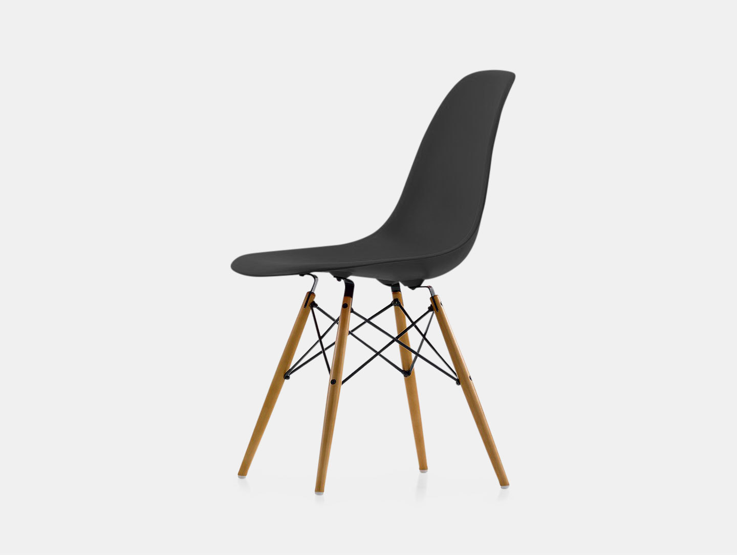 Eames DSW Plastic Side Chair image 5