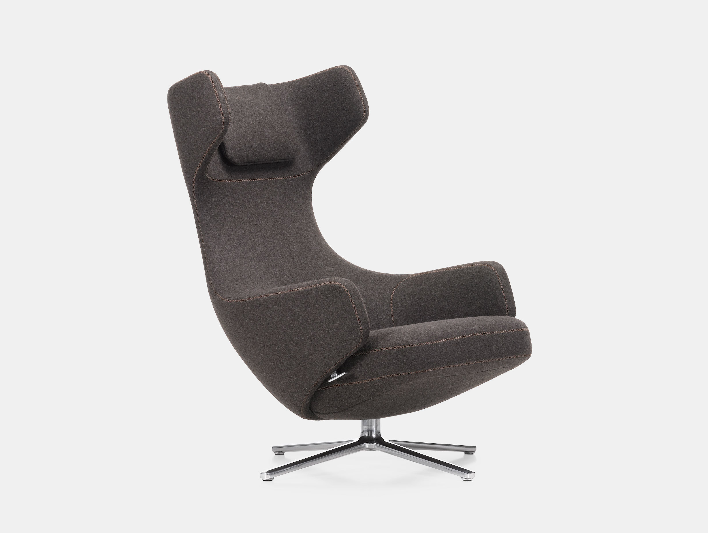 Grand Repos Lounge Chair image 2