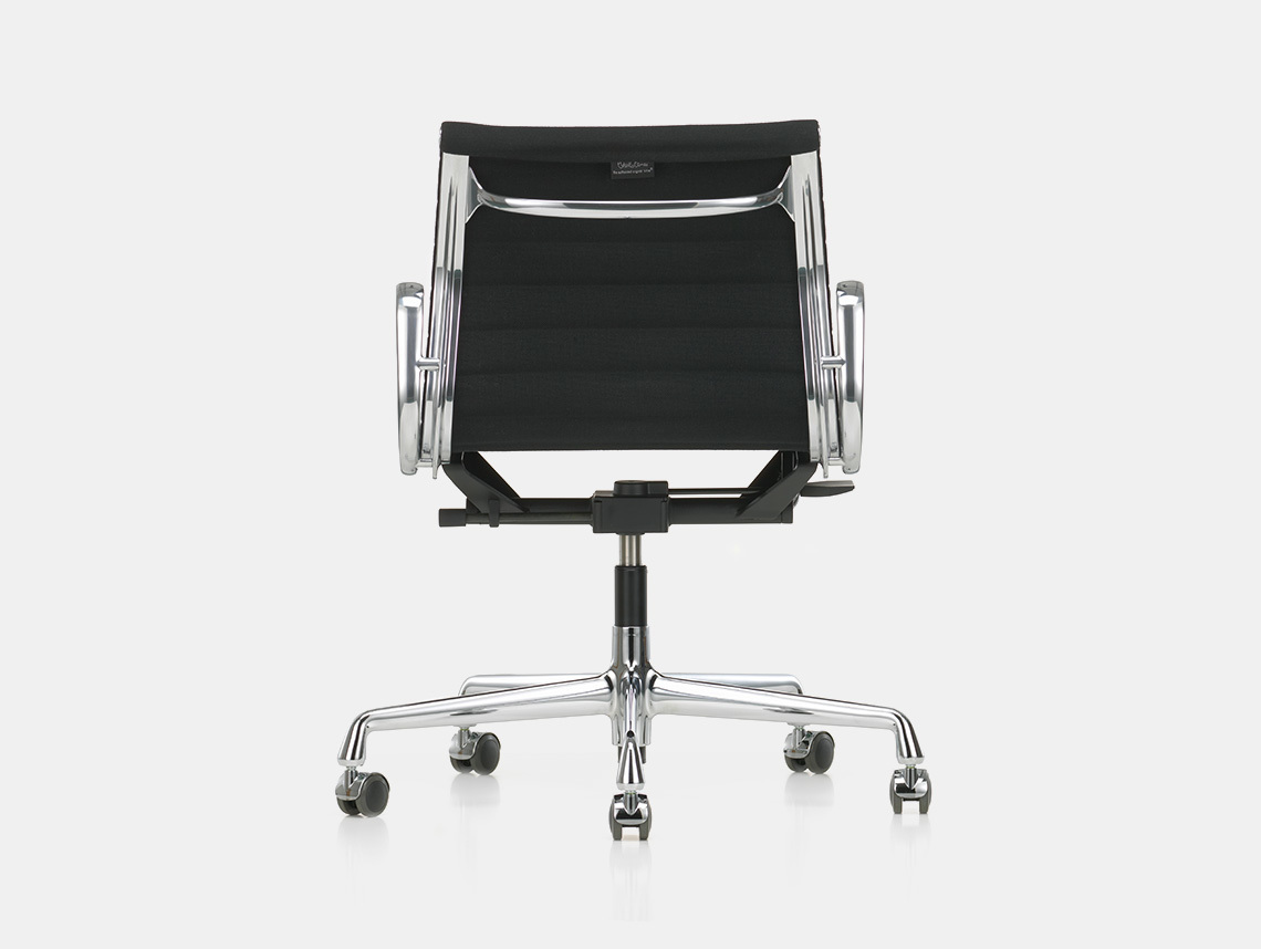 Vitra Soft Pad Group Chair alu back Charles and Ray Eames