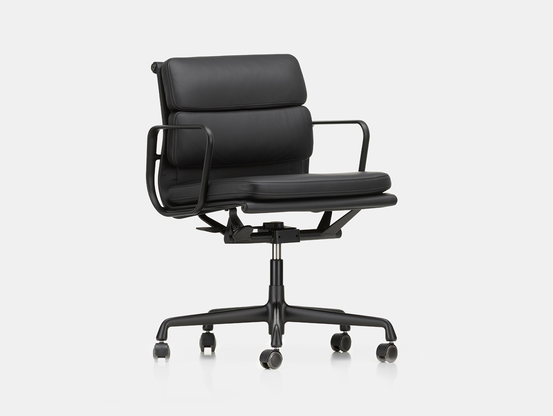 Vitra Soft Pad Group Chair black blk Charles and Ray Eames