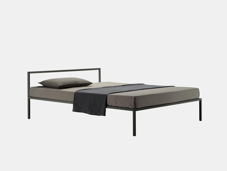 Nyx Bed image 1