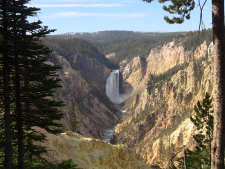 Grand Canyon of The Yellowstone | Photo Credit: Glennis Idrenland