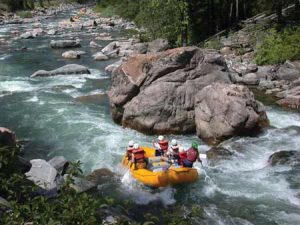 Rafting On The Gallatin River | Photo: Glenniss Indreland