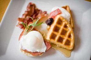 Breakfast! | Photo: Donaldson @ Lone Mountain Ranch