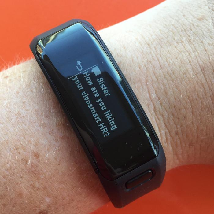 Text on Garmin Vivosmart HR