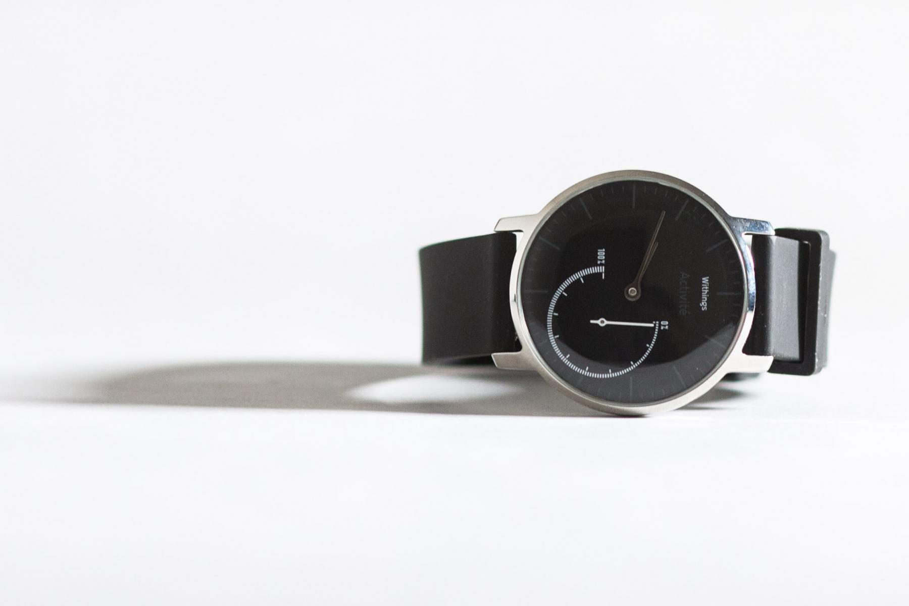 Withings Activite Steel review white background