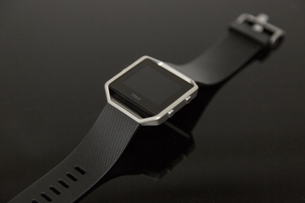 Fitbit Blaze can be used as best heart rate monitor for interval training
