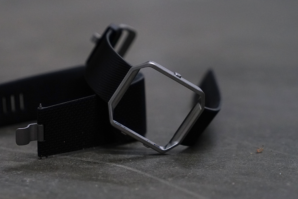 Amica Customer Service >> Fitbit Warranty: Rating The Fitbit Warranty And Customer Service - WearableZone