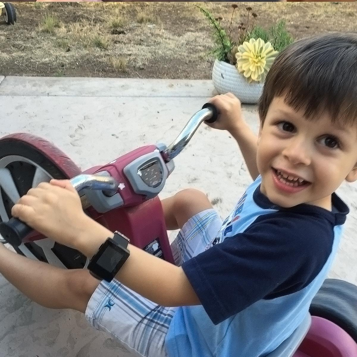 Smartwatches for kids on bikes