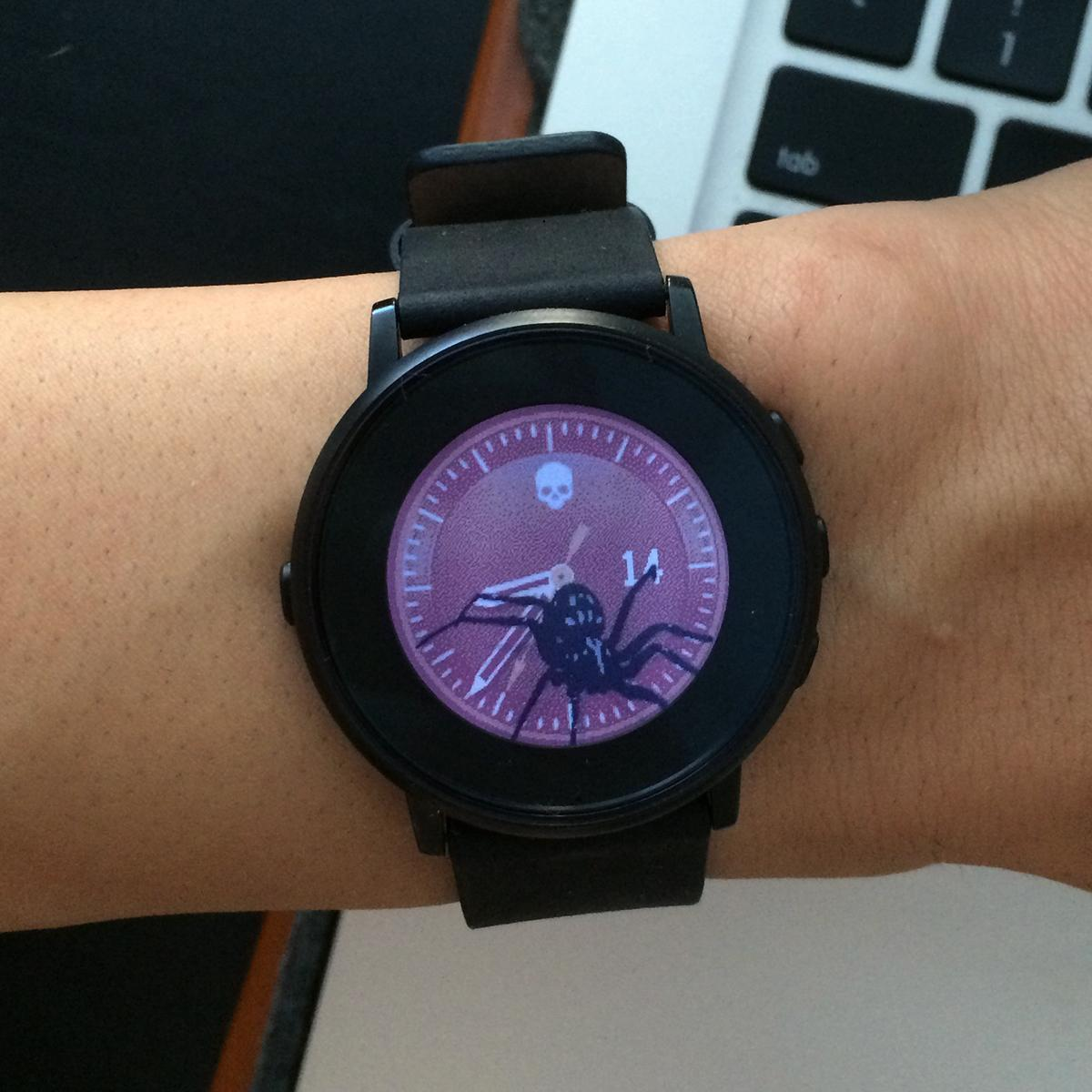 Shake Pebble with Creepy watch faces and a spider crawls