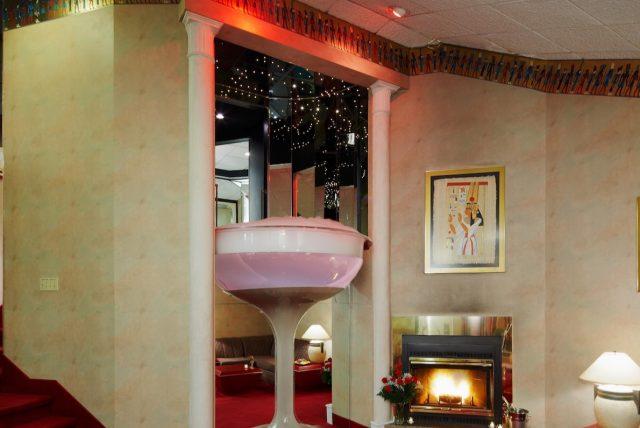 Champagne Tower Living RoomREV